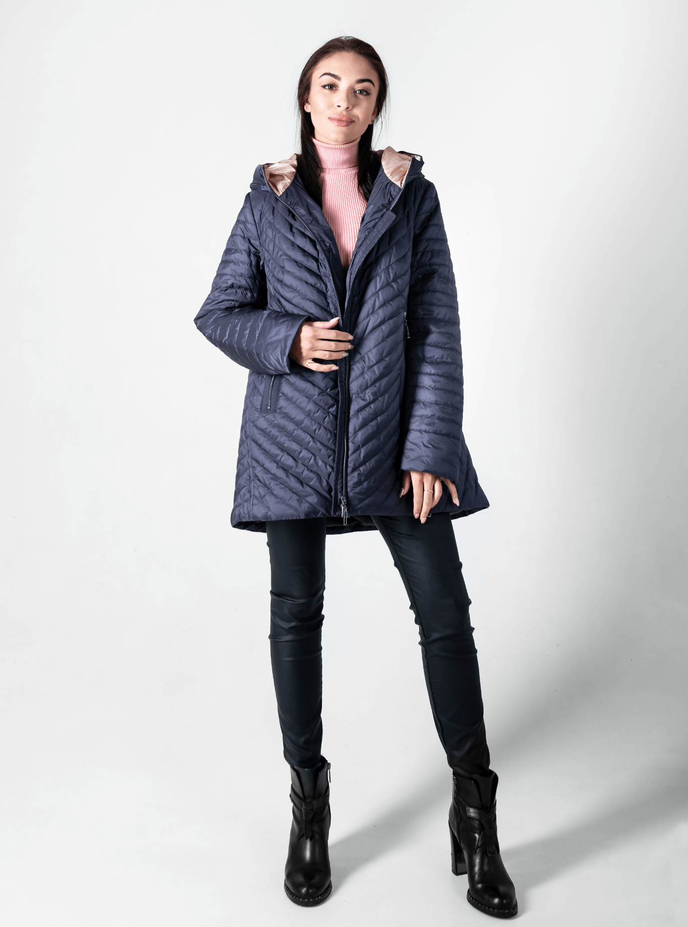 Куртка демисезонная женская с капюшоном Графитовый 56 (02-D190143): фото - Alster.ua