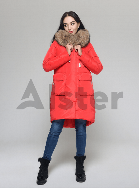Зимняя куртка женская с капюшоном