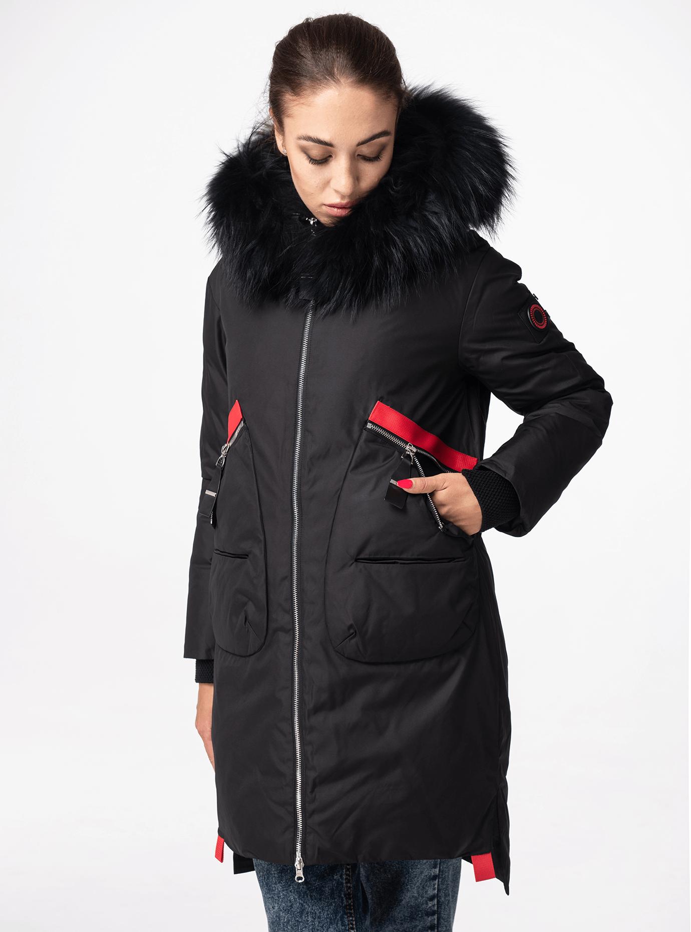 Зимняя куртка женская с мехом енота Чёрный S (05-CH19001): фото - Alster.ua