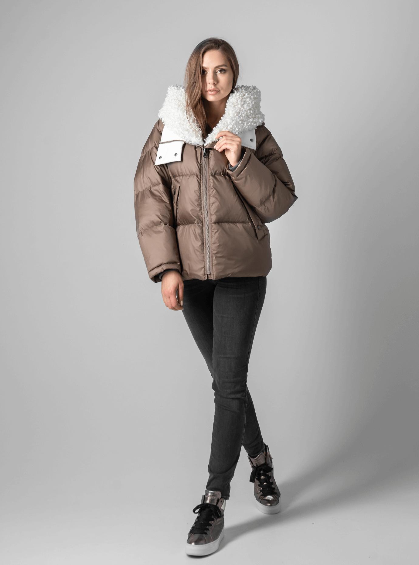 Зимняя женская куртка с мехом Коричневый M (02-190194): фото - Alster.ua