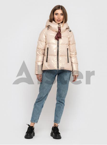 Жіноча коротка зимова куртка CLASNA