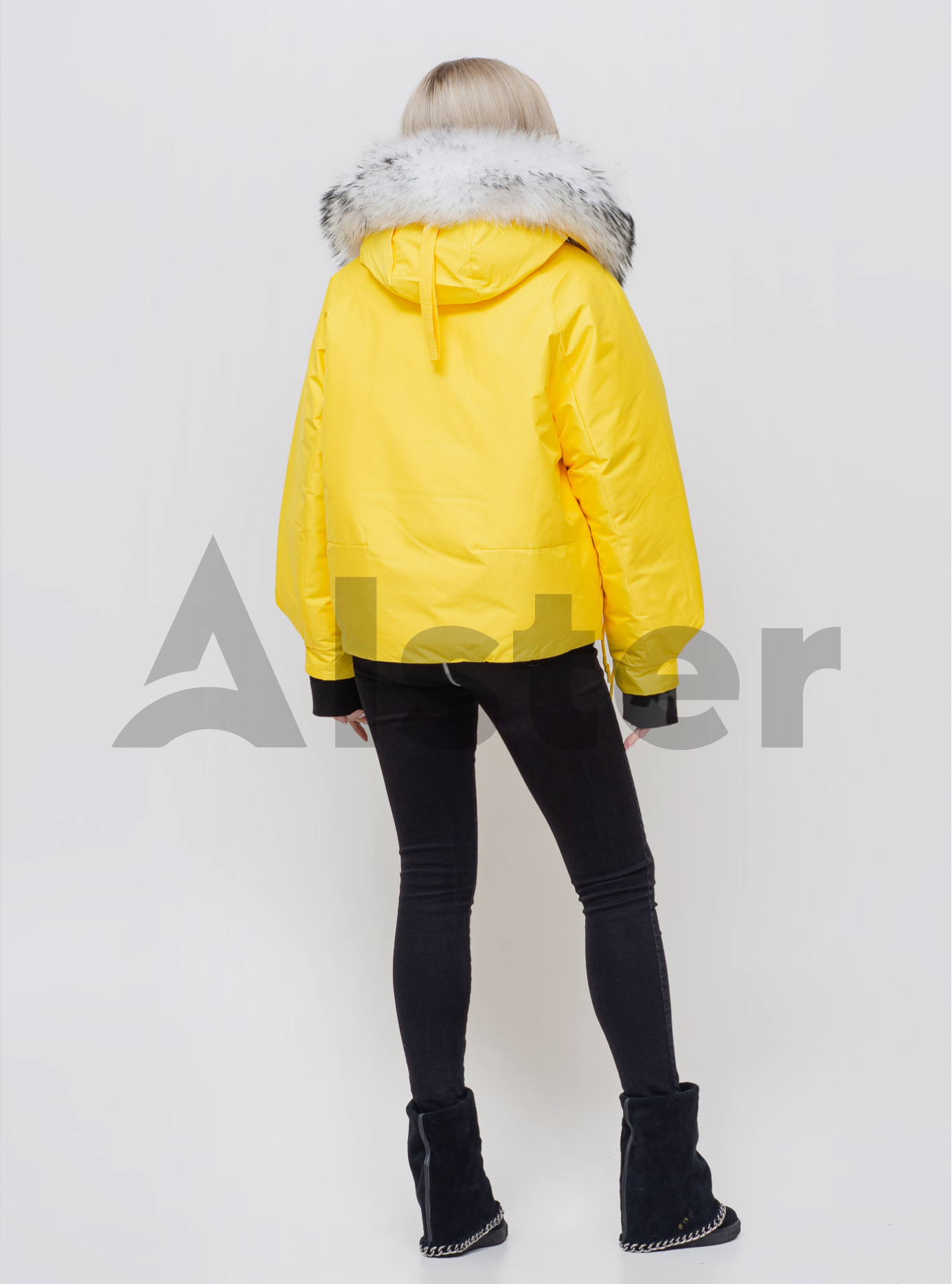 Жіноча зимова куртка з хутром Жовтий M (05-SV201054): фото - Alster.ua