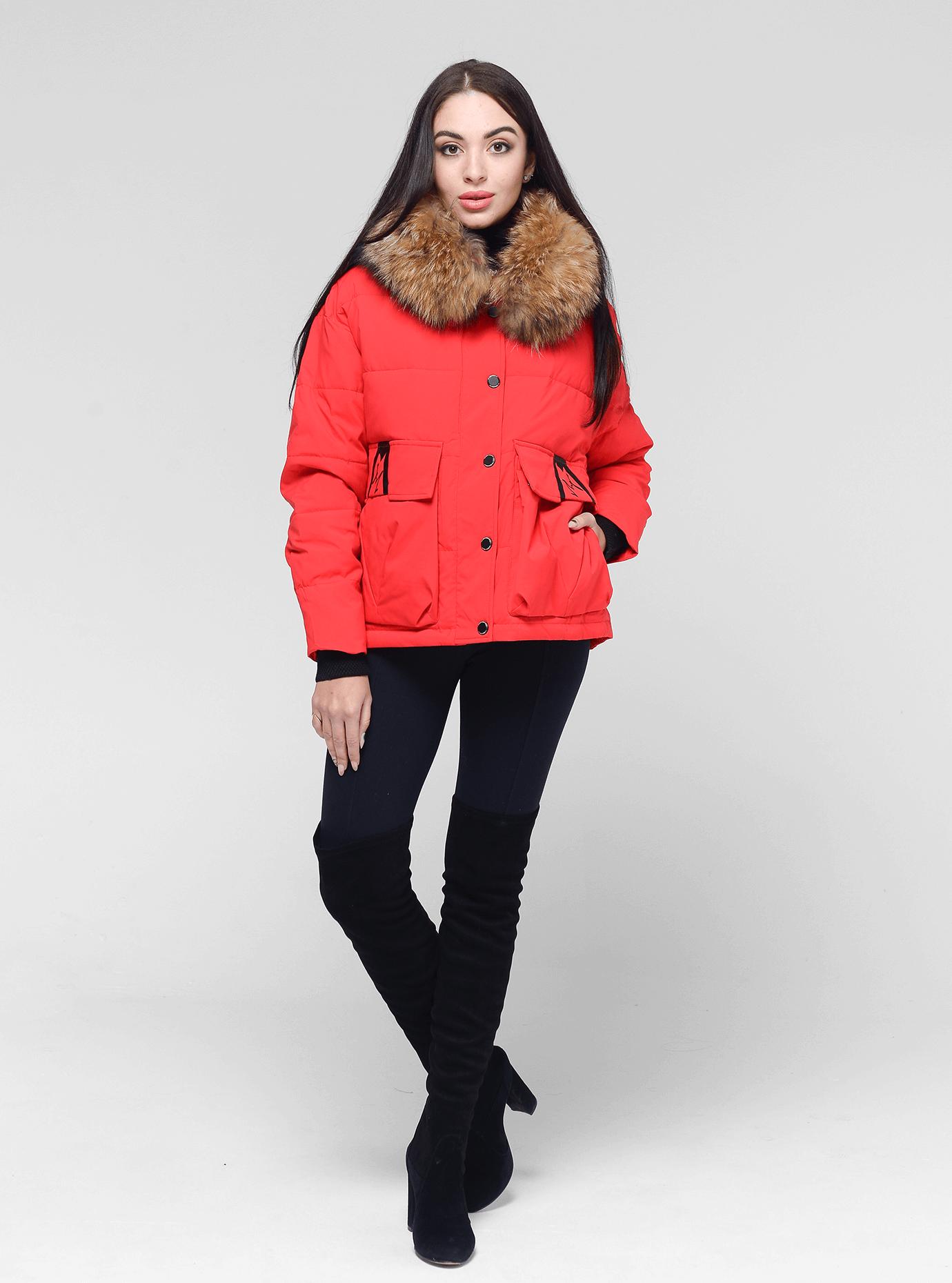 Куртка зимняя короткая с мехом енота Красный XL (05-V191221): фото - Alster.ua