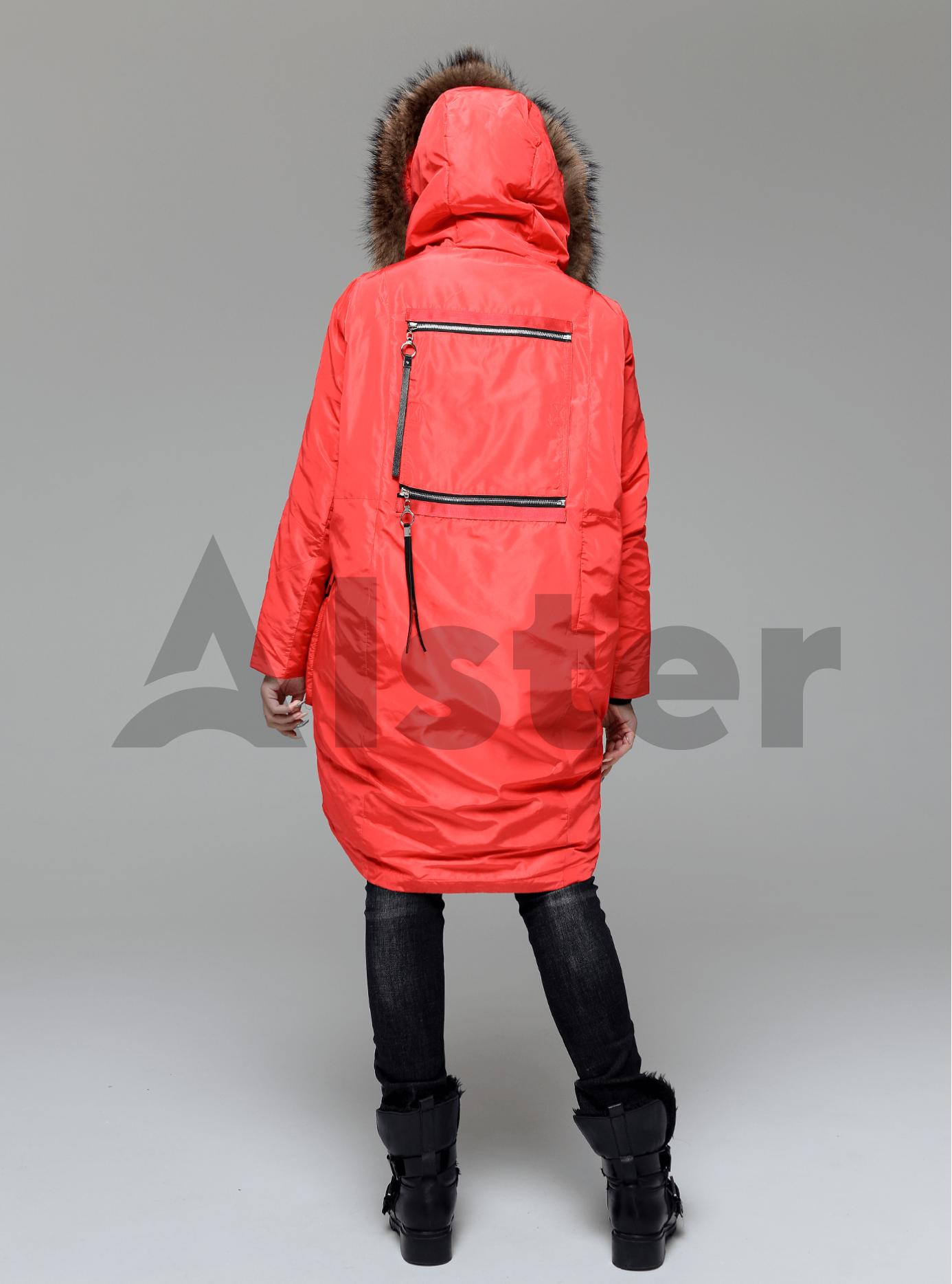 Куртка зимняя длинная с накладными карманами и мехом енота Красный L (05-V191235): фото - Alster.ua