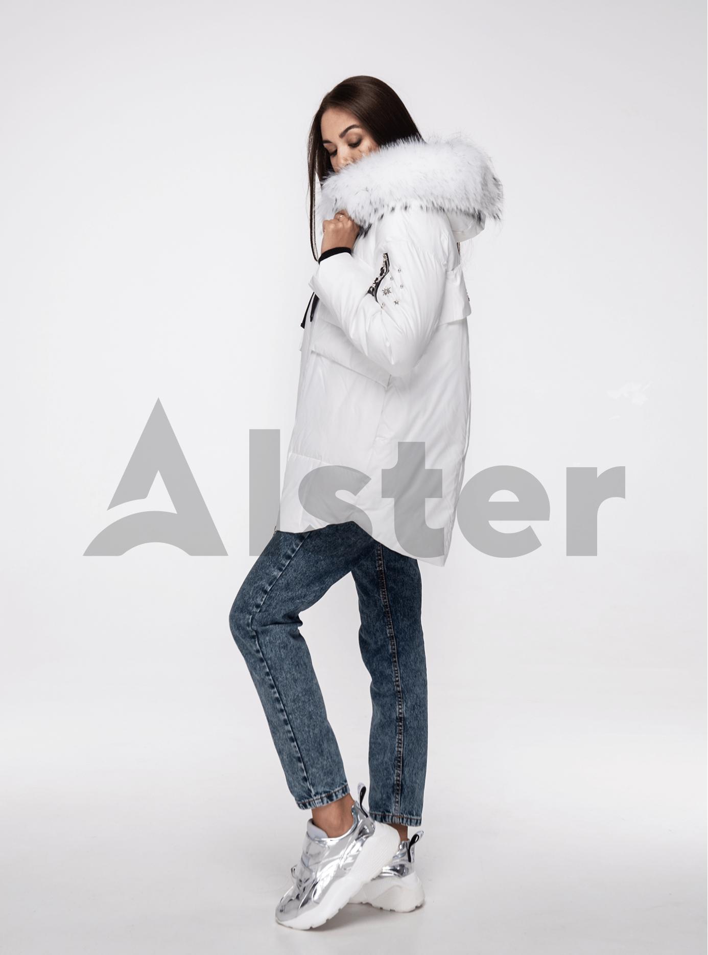 Куртка зимняя с мехом енота Белый M (02-V191097): фото - Alster.ua