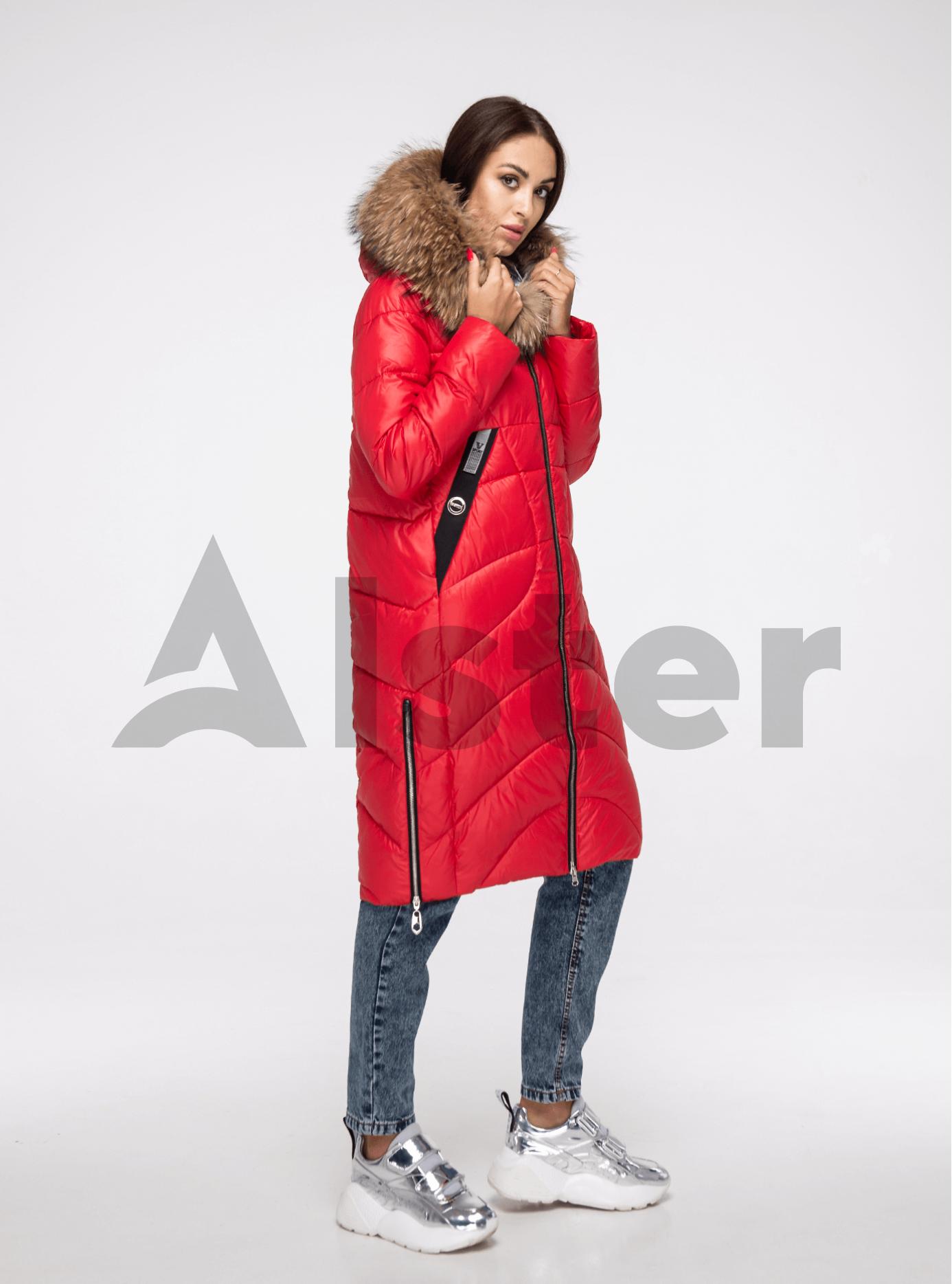 Куртка зимняя длинная с мехом енота Красный L (05-V191190): фото - Alster.ua