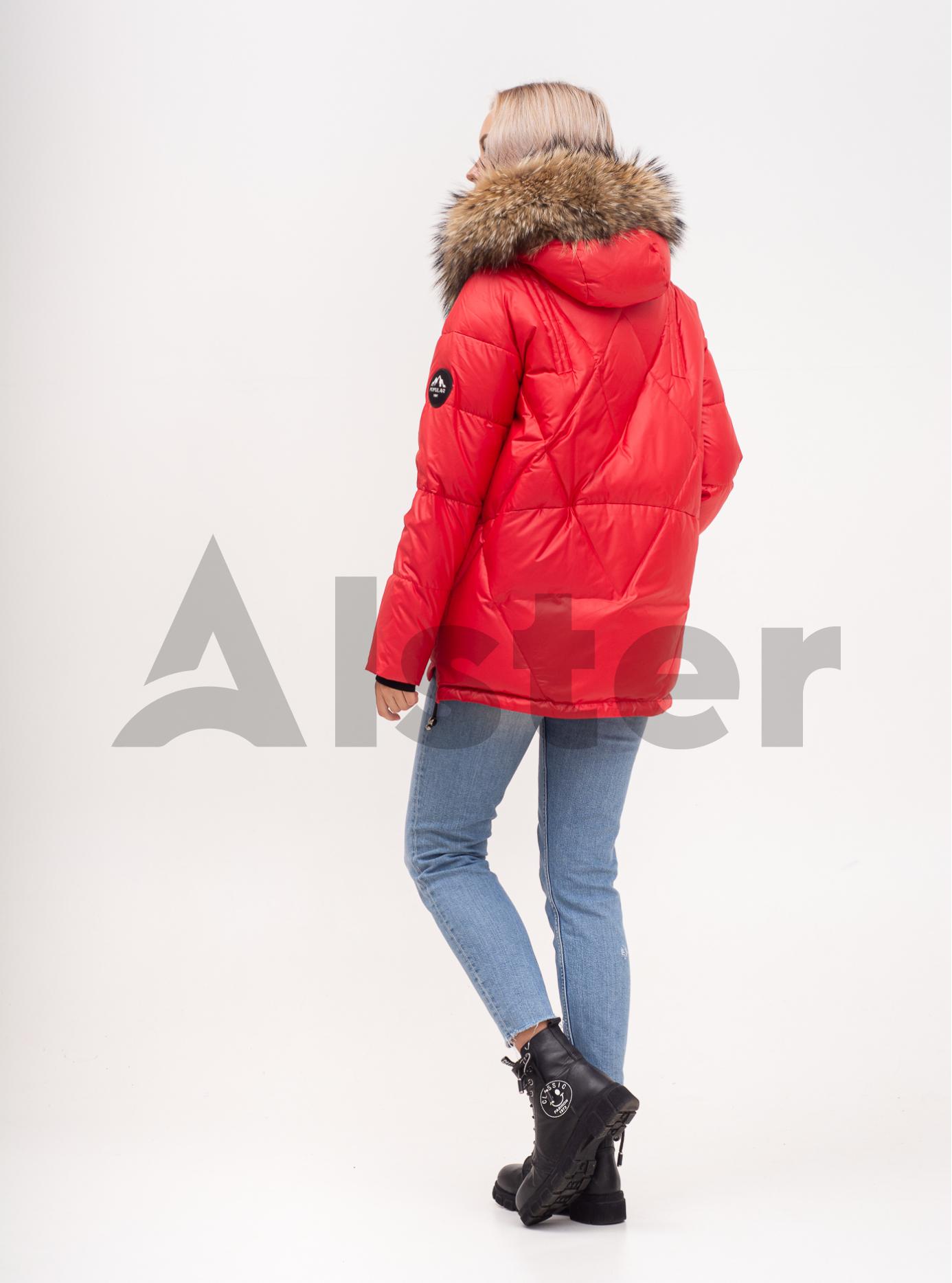 Пуховик зимовий короткий з хутром єнота Червоний M (02-N200382): фото - Alster.ua