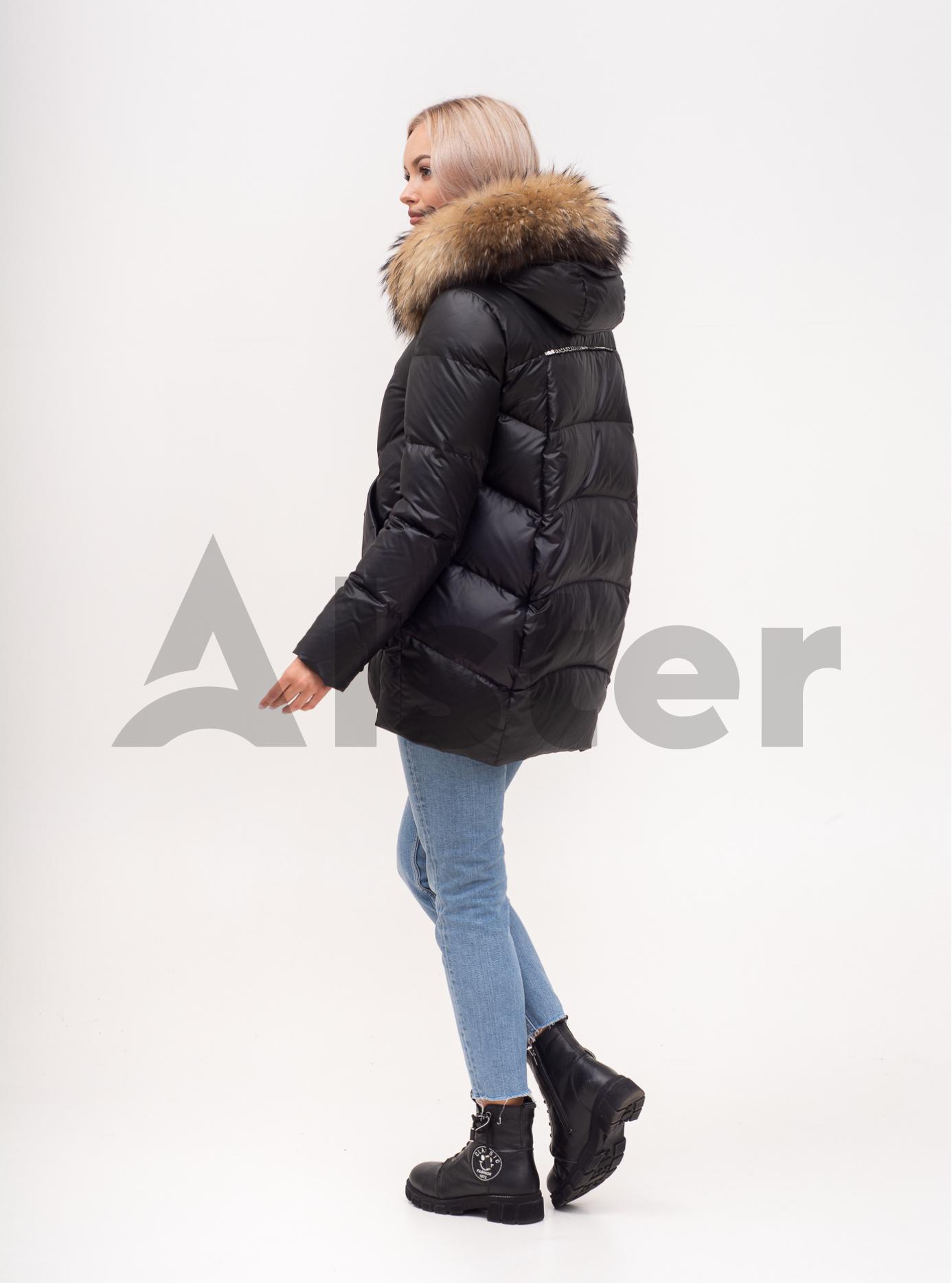 Пуховик зимний средней длины с мехом енота Чёрный S (01-N200401): фото - Alster.ua