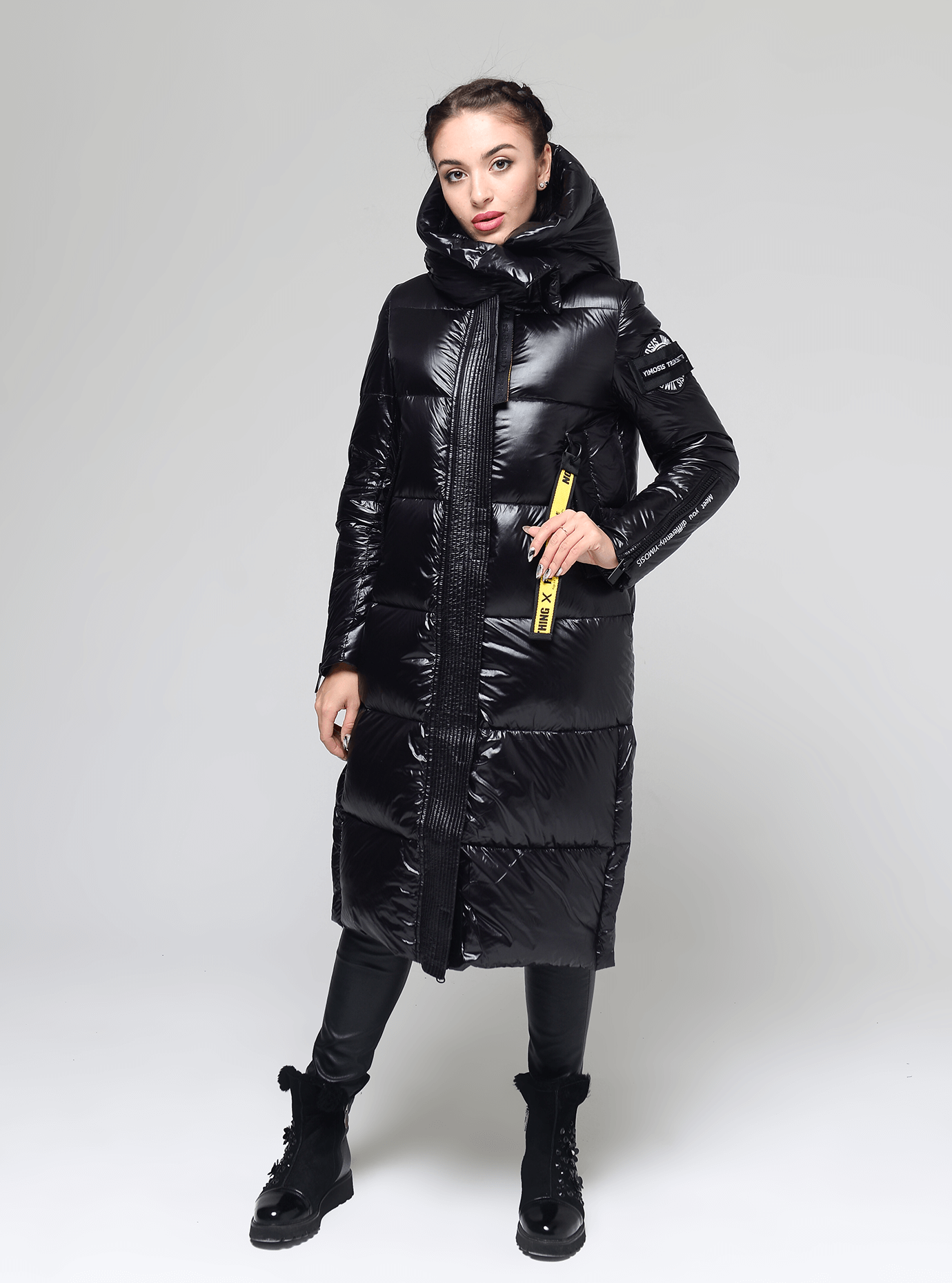 Пуховик женский с молниями на рукавах Чёрный M (02-Y191133): фото - Alster.ua