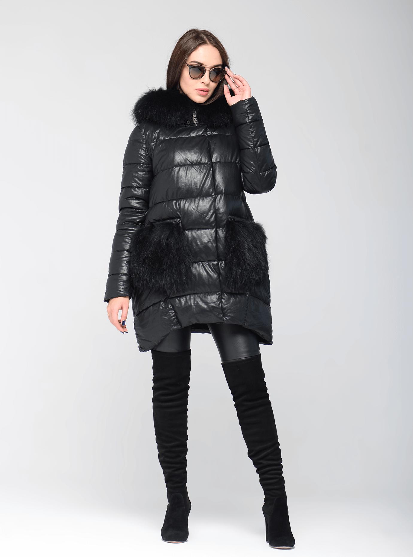 Зимняя куртка средней длины с мехом енота Чёрный S (05-ZL2572): фото - Alster.ua