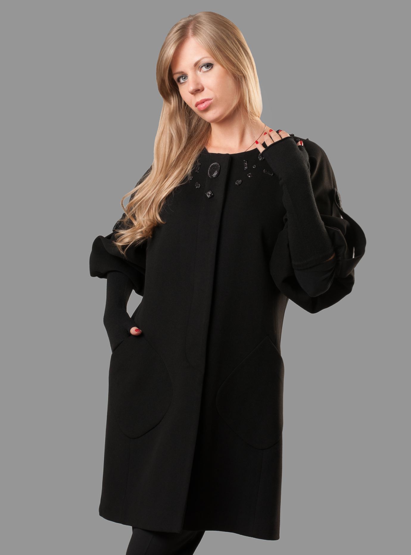 Пальто демисезонное с объемными рукавами Чёрный S (07-P17053): фото - Alster.ua